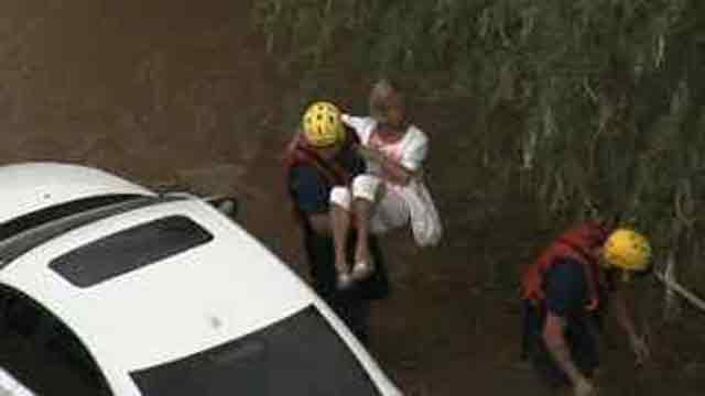VIDEO: Swift water rescue in Phoenix
