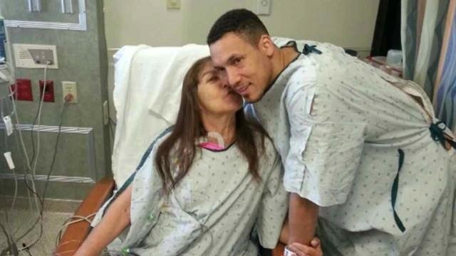 VIDEO:Adopted son gives kidney to mom