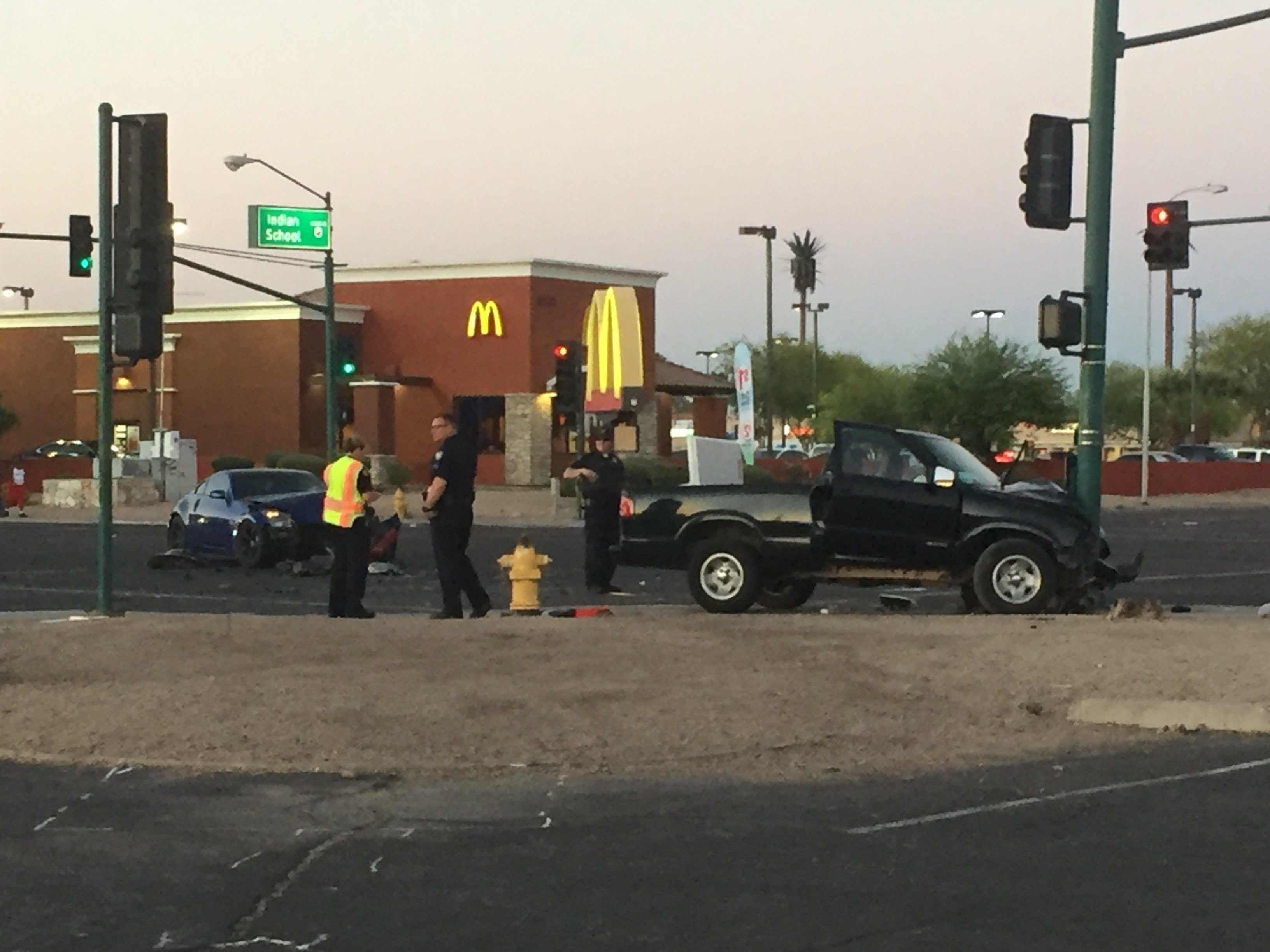 Two car crash injures three in Phoenix Monday. 1 May 2017 [Source: 3TV/CBS 5]