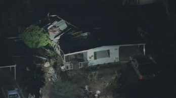 Roof collapses at Mesa mobile home