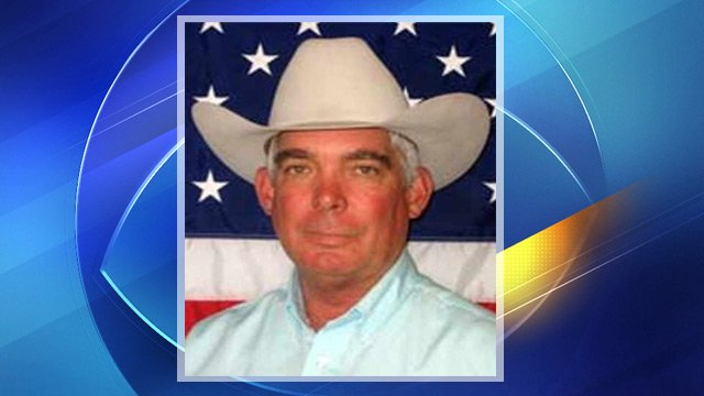 Cochise County Sheriff Larry Dever died in a one-vehicle crash Tuesday night near Williams in northern Arizona.