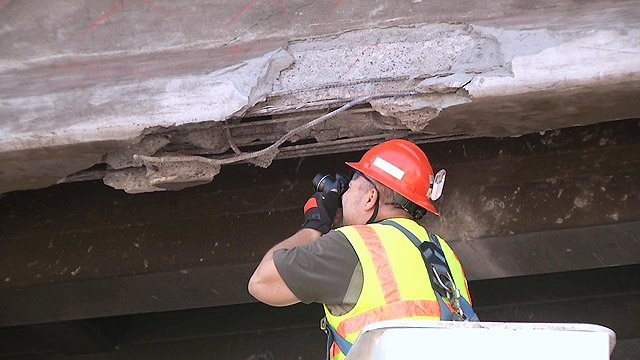 (Photo: Arizona Department of Public Safety) Photographs were part of the investigative process after five girders on the bridge above the southbound I-17 lanes were damaged.