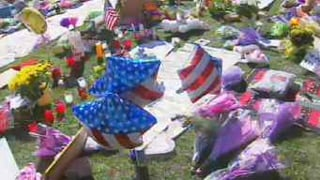 Tucson makeshift memorial days after the shootings