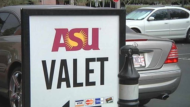 (Source: CBS 5 News) There are signs cropping up on the ASU campus in Tempe touting a valet parking service.