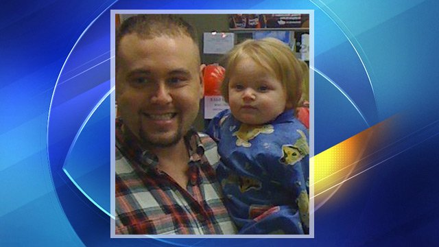 Stephen Cross with his infant daughter, Savannah, who died Dec. 11, 2012 while in the care of two people running an unlicensed daycare. (Source: Facebook)