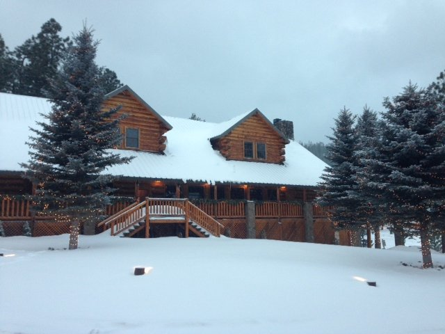 Ranch House Restaurant in White Mountains (Photo credit: Jane Lenci)