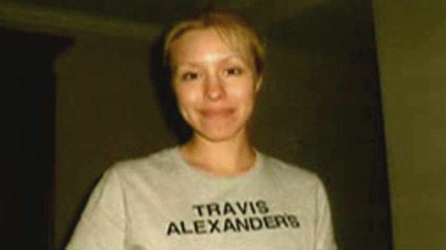 (Source: CBS 5 News) Dewey says many people believe Arias created this T-shirt, and not Alexander as defense attorney's claim.