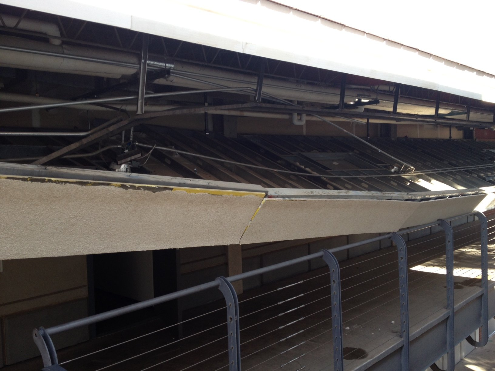 © Phoenix College Ceiling Collapse - CBS 5