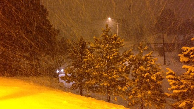 (Source: CBS 5 News) Snow was falling in Flagstaff early Wednesday morning.
