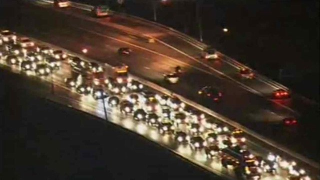Traffic was already backed up on southbound I-17 about 5:15 a.m. Thursday.  (Source: CBS 5 News)
