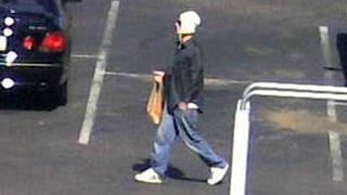 Another surveillance image of the suspect in Scottsdale. (Source: Scottsdale Police Department)