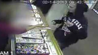 Jewelry heist at Desert Sky Mall store on Feb. 14. (Source: Silent Witness)