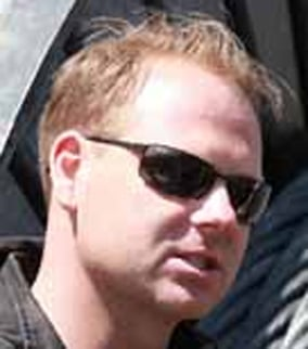 Nik Wallenda (Source: nikwallenda.com)