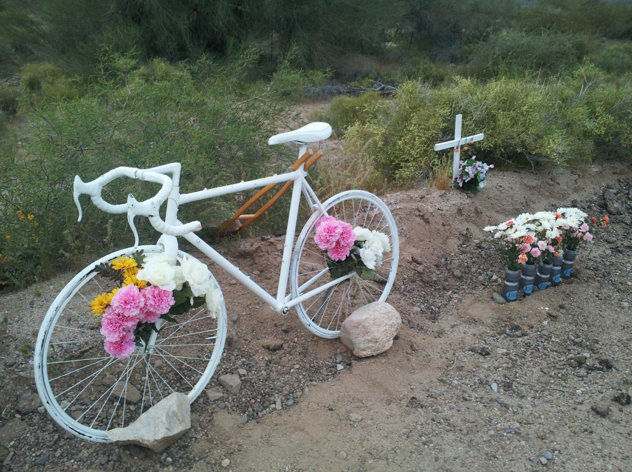 The Not One More Foundation, which helps families of killed and injured bicyclists, has also set up a memorial. (Source: CBS 5 News)