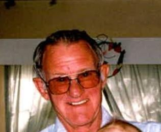 Robert Reynolds, 82, wandered away from his living center near 75th Avenue and Greenway Road.