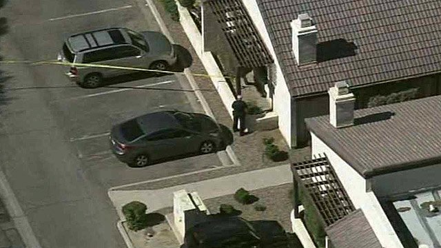 Tempe police investigate the scene of a shooting Thursday morning. (Source: CBS 5 News)
