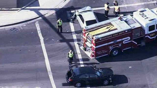 Three people were hurt in this crash at Bell Road and Dysart Avenue on Monday morning. (Source: CBS 5 News)