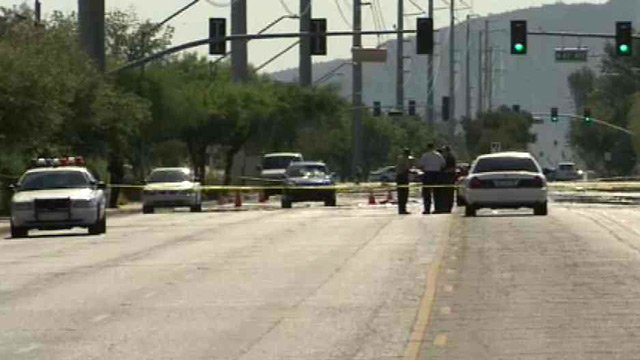 A teenager was struck and killed at this intersection in Glendale Tuesday morning. (Source: CBS 5 News)