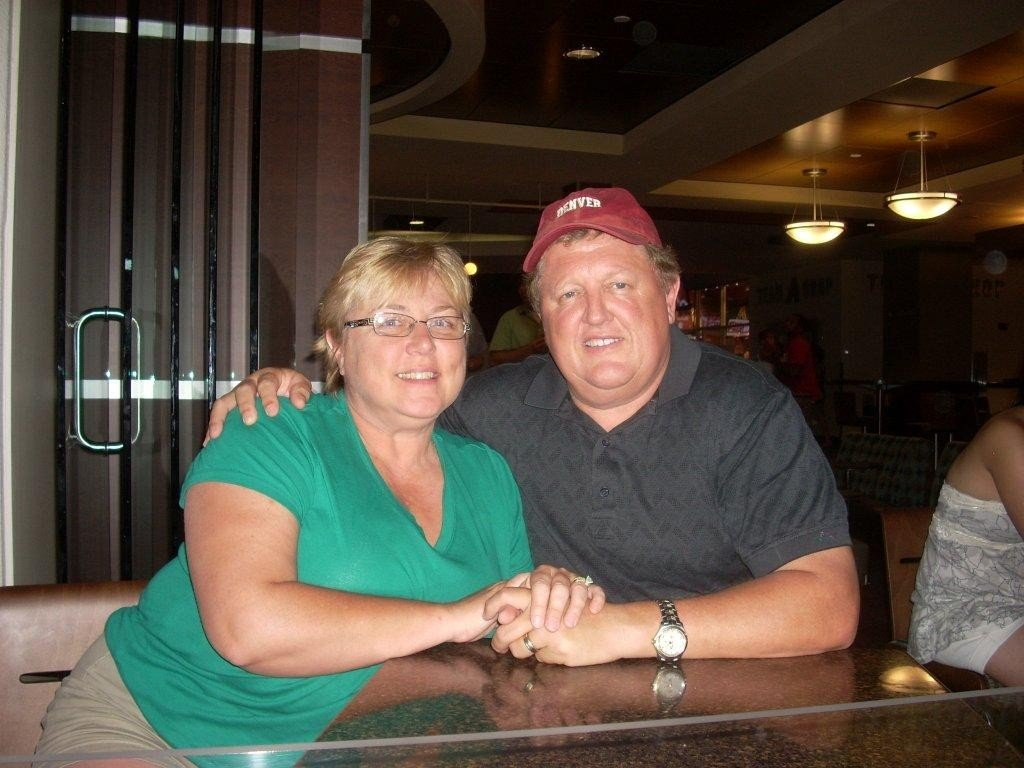 Shari and Dwight Tobyne (Source: Scottsdale Police Department)