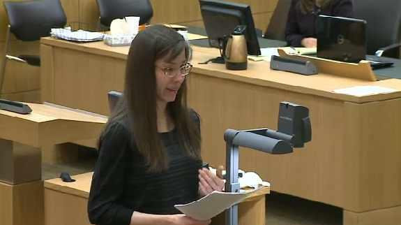 Jodi Arias testifying on her own behalf (Source: CBS 5 News)