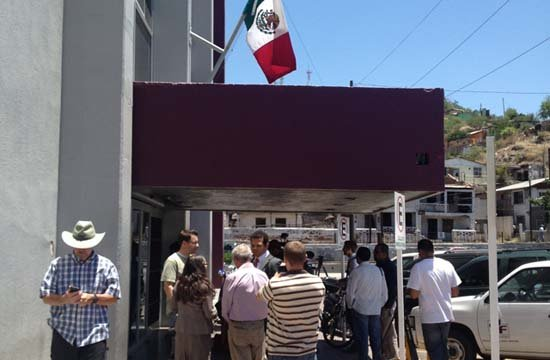 Maldonado's family are at Mexican courthouse Wednesday. (Source: CBS 5 News)