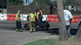 Phoenix motorcycle crash. (Source: Christina Batson, cbs5az.com)