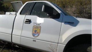 The truck displayed decals making it appear as a federal vehicle. (Source: U.S. Customs and Border Protection)