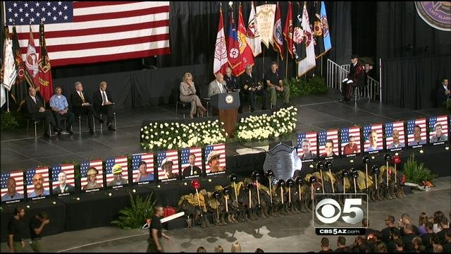 Prescott Mayor Marlin Kuykendall addresses the family and friends of the fallen firefighters during Tuesday's memorial service. (Source: CBS 5 News)