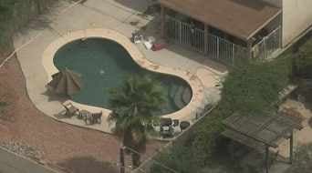 Boy pulled from Phoenix pool in critical condition. (Source: CBS 5 News)