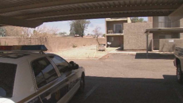Phoenix police were investigating the death of the 8-month-old girl at this apartment complex Wednesday. (Source: CBS 5 News)