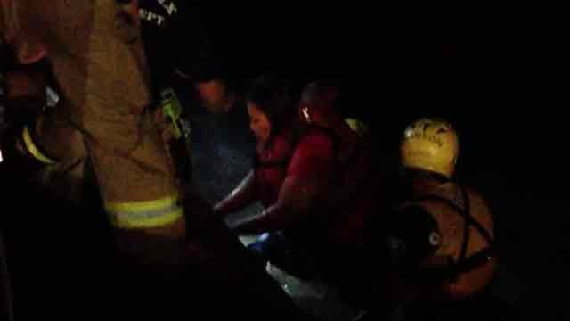 Another image of the rescue. (Source: Phoenix Fire Department)