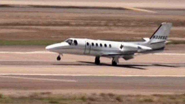 The pilot landed this plane safely after a scare with the aircraft's landing gear Friday. (Source: CBS 5 News)