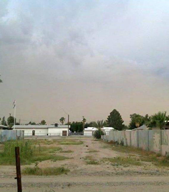 Dust storm gets ready to swing through Casa Grande. (Source: Amber Horton)