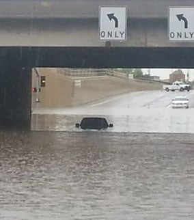 Interstate 17 & Greenway is flooded. (Source: Beto Sianez)