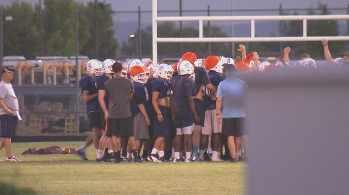 Deer Valley High School athletes (Source: CBS 5 News)