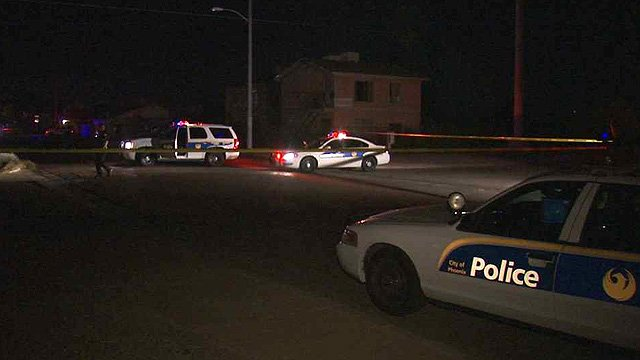 Phoenix police investigate the scene of a fatal shooting Sunday night. (Source: CBS 5 News)