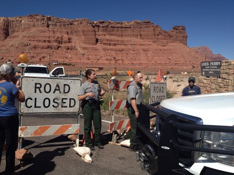 Road blocks at Lee's Ferry met many people hoping to use their rafting permits. (Source: CBS 5 News)