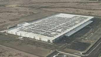 Apple to open manufacturing plant in Mesa. (Source: CBS 5 News)