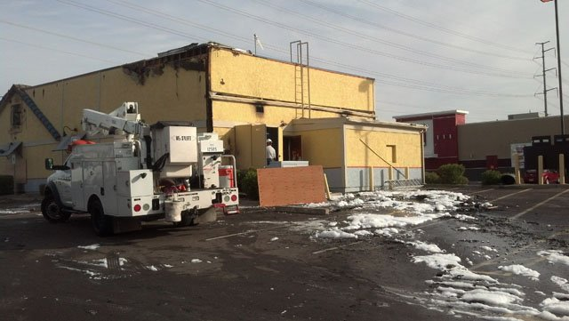 Fire damages Long John Silver's in Surprise. (Source: Andrew Bautista, cbs5az,com)