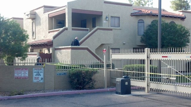 Several apartments were evacuated as the gunman fled after the shooting. (Source: Christina Batson, cbs5az.com)