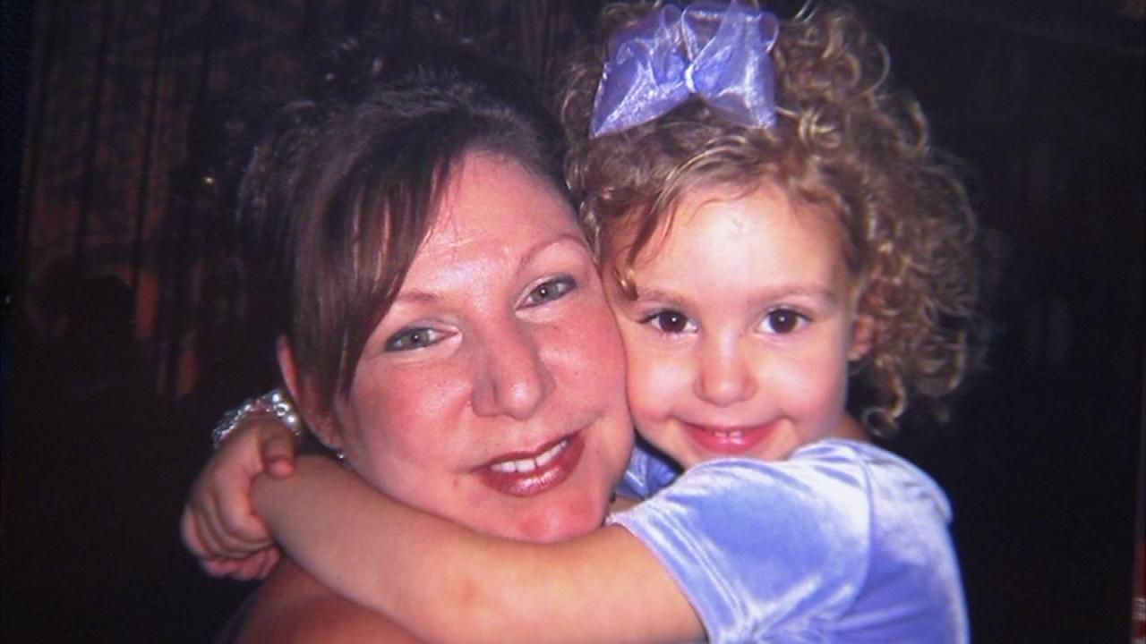 Lauren Daniels and daughter