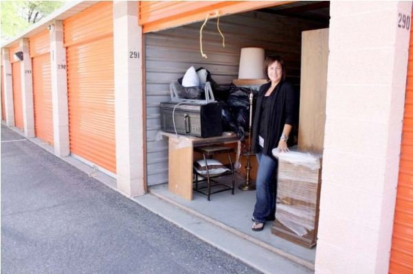 Furniture Bank Collects For Homeless Families In Transition Arizona 39 S Family