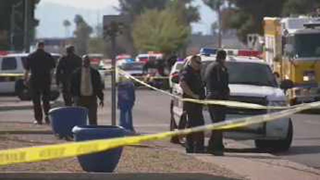 Shooting scene where two Phoenix police officers were shot. (Source: CBS 5 News)