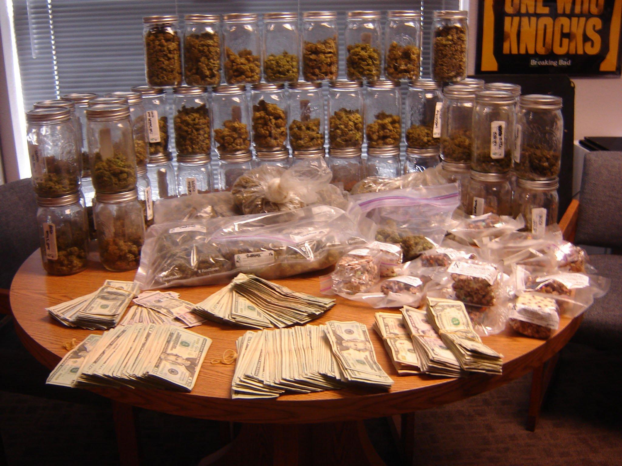 Az drug dealer crackdown nets 39 arrests arizona 39 s family for Hydroponics mesa az