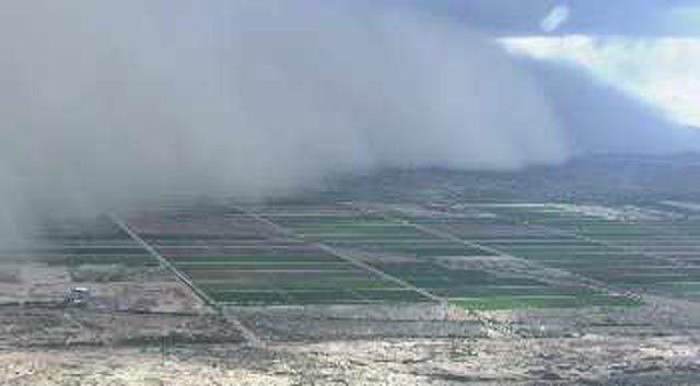 Our news helicopter captured the breadth of the dust wall. (Source: CBS 5 News)