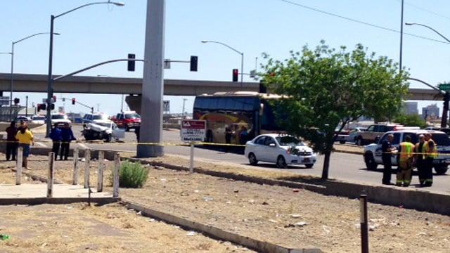 The crash scene at I-17 and McDowell Road. (Source: Christina Batson, cbs5az.com)