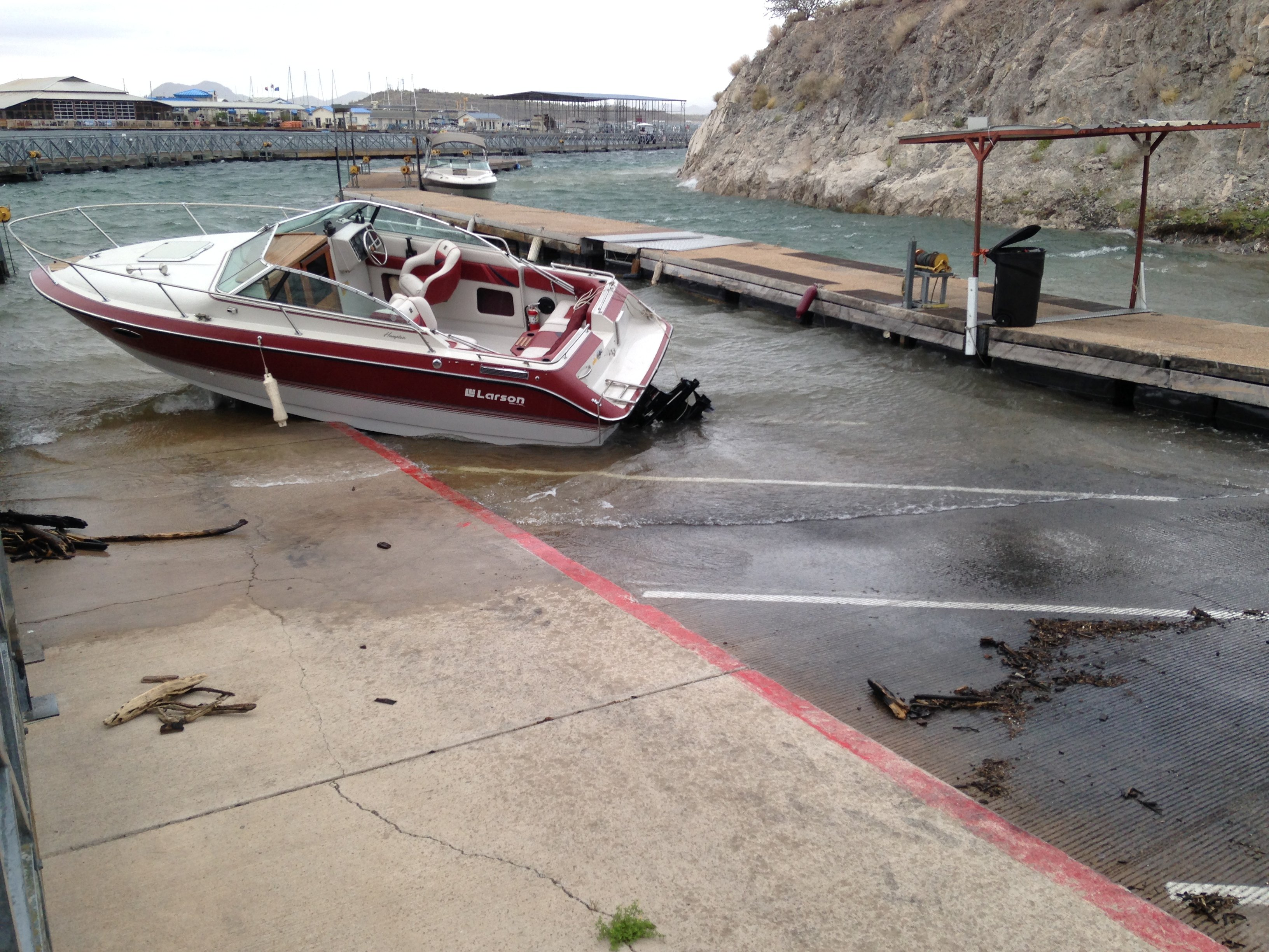 Strong winds with 40 mph gusts tossed a boat from its mooring at Lake Pleasant. (Source: Sean Gates, cbs5az.com)