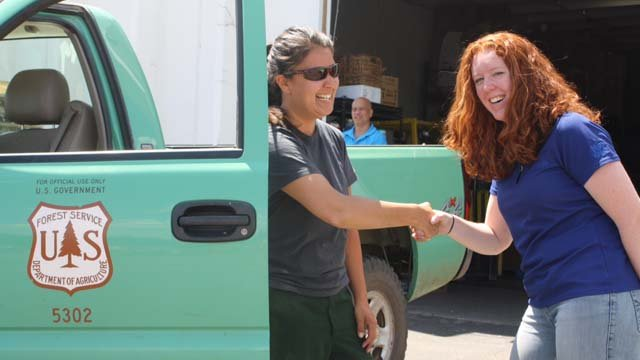 Southwest region Hotshots donated food and water to St. Mary's Food Bank for residents affected by the Slide Fire. (Source: St. Mary's Food Bank Alliance)