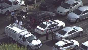 Police converged on the scene at 1703 West Bethany Home Road. (Source: CBS 5 News)