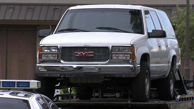 Police impounded this Chevrolet Suburban in connection with the hit-and-run death of a 3-year-old Mesa girl. (Source: CBS 5 News)